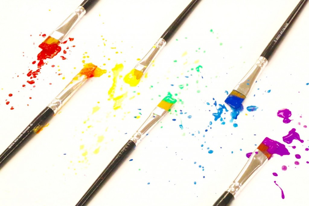 paintbrushes in rainbow order