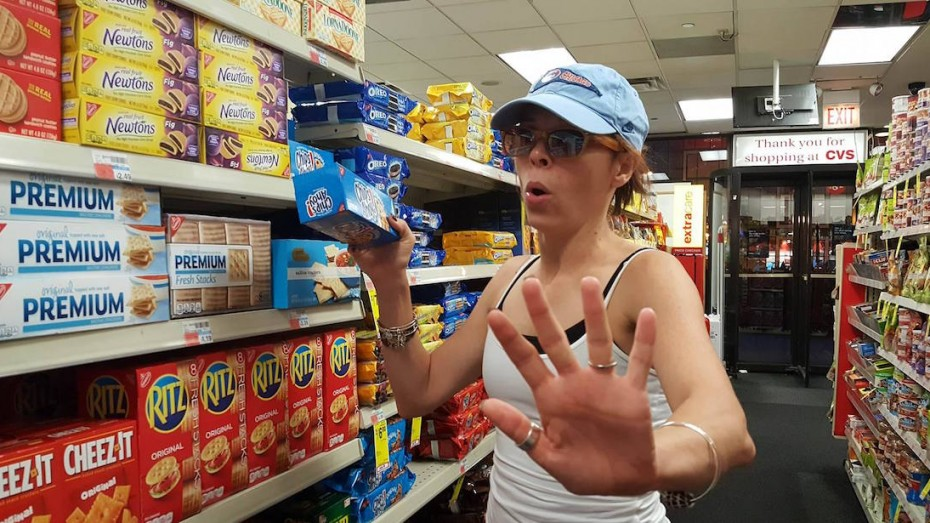 Lindsey at the grocery store