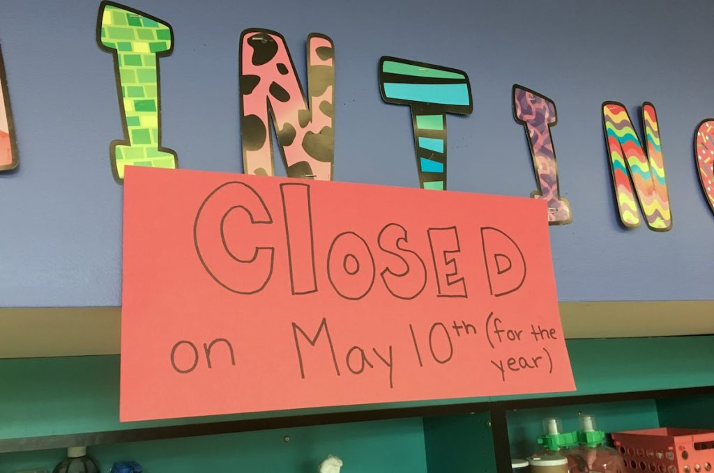 closed sign on painting center